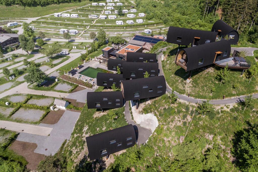 Spenglerei Burtscher Vorarlberg, Spenglerarbeiten, Dachspengler, Dacheindeckung, Dachsanierung, Alpencamping Nenzing